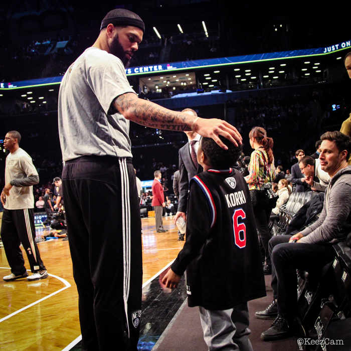 Deron Williams & young Brooklyn Nets fan