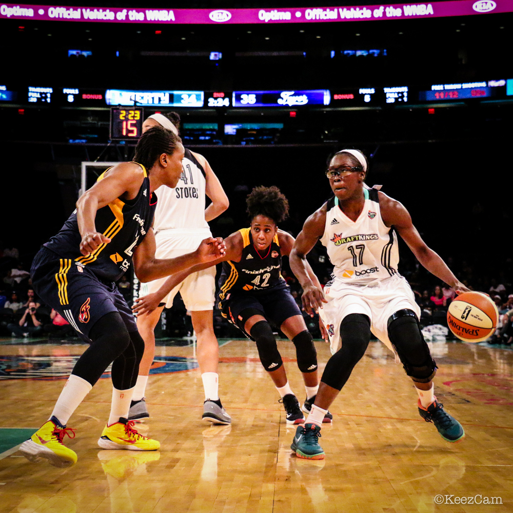 Tamika Catchings & Essence Carson