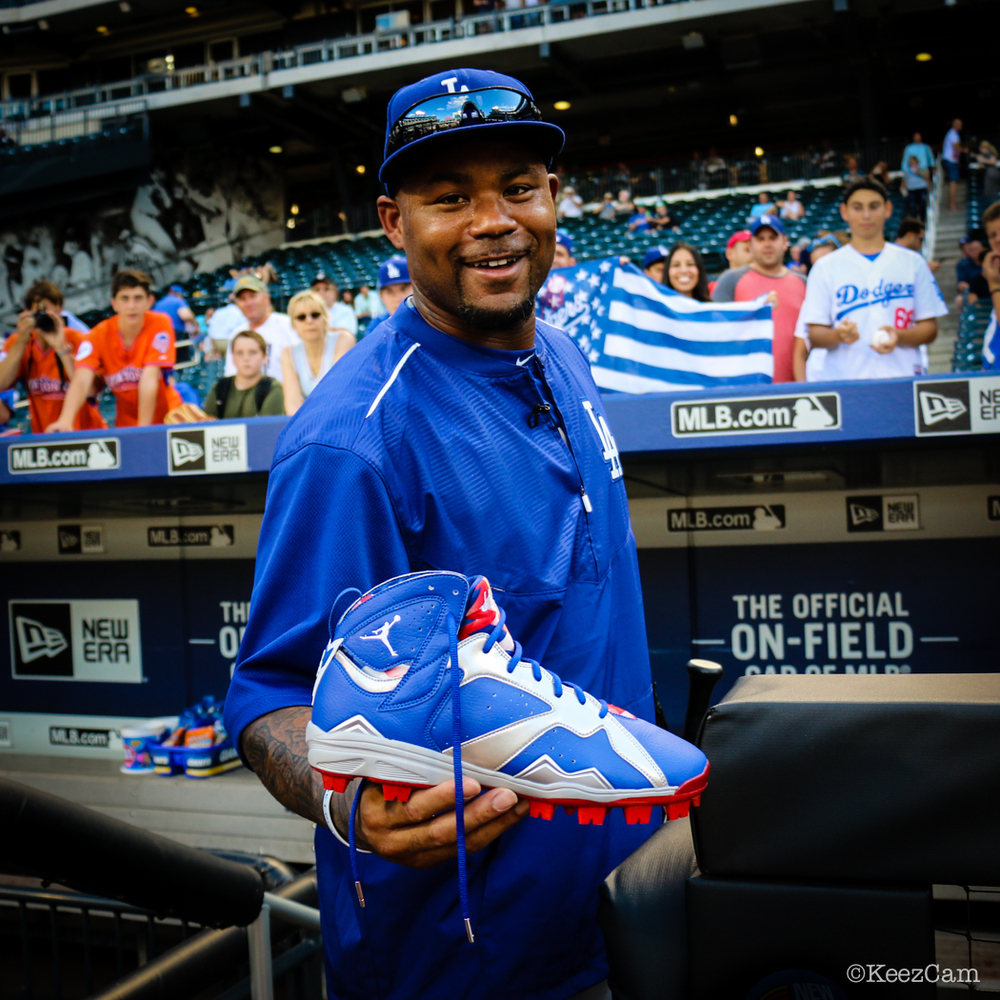 Los Angeles Dodgers OF Carl Crawford & his Jordan 7 PE Cleats at Citi Field