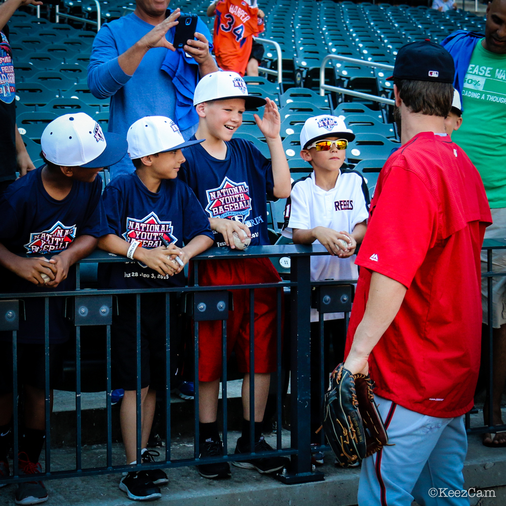 Washington Nationals OF Bryce Harper loves the kids