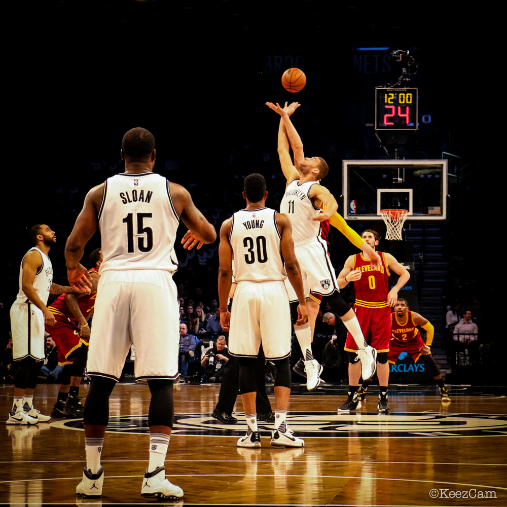 Cleveland Cavaliers vs Brooklyn Nets Tip-off