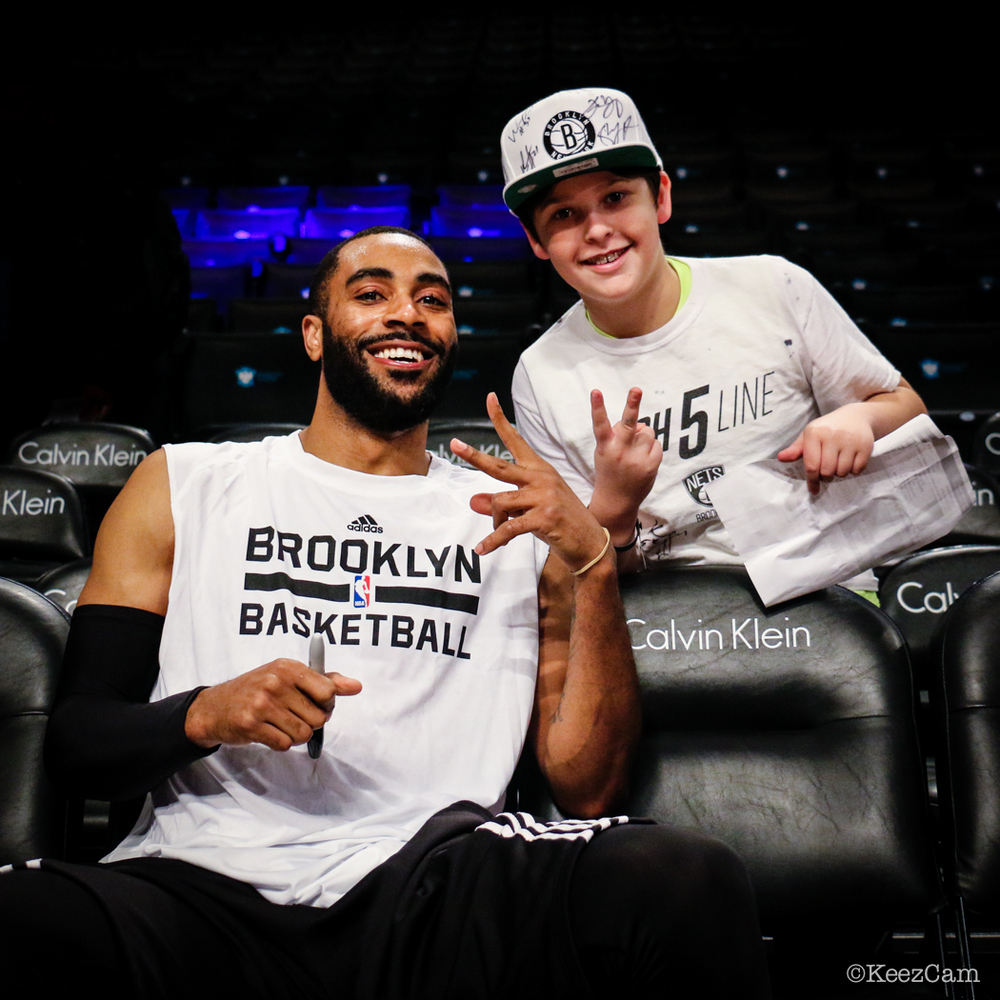 Wayne Ellington & Young Nets Fan