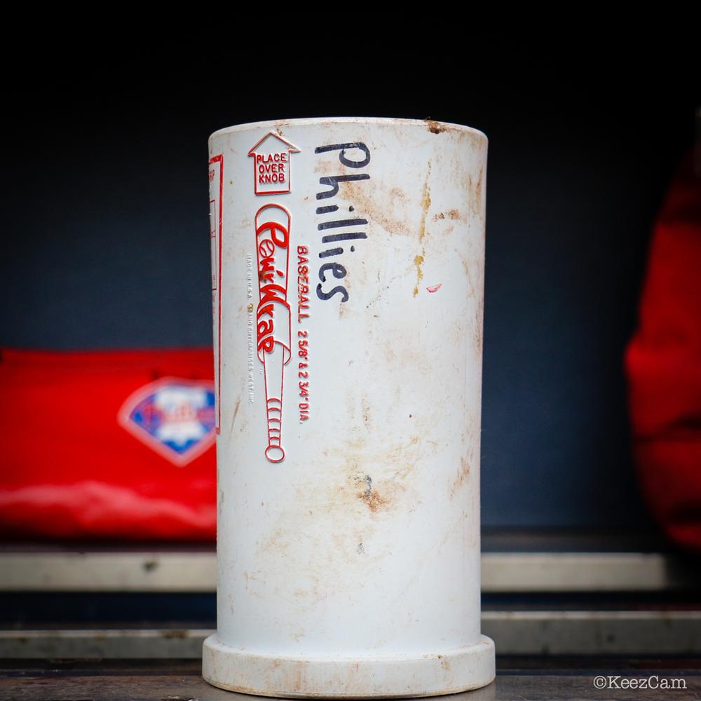 Philadelphia Phillies bat weight