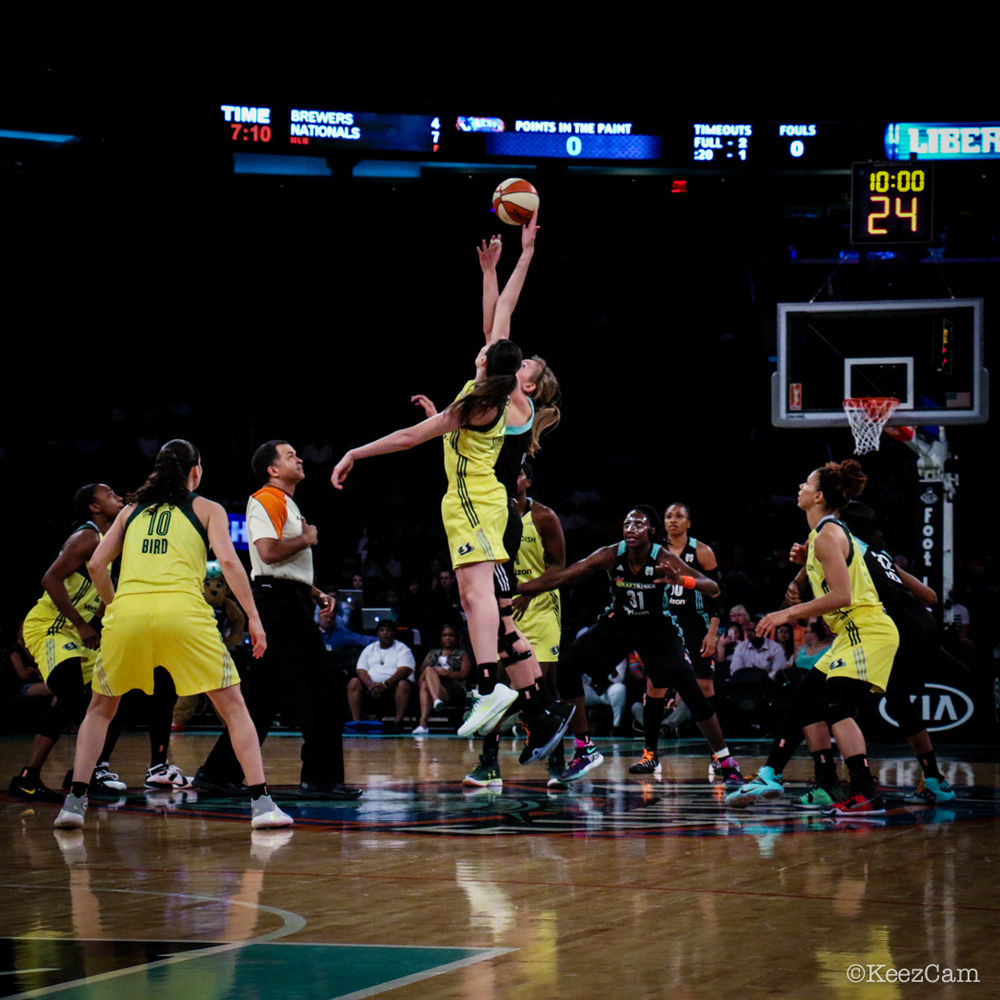 Seattle Storm vs. New York Liberty tip-off