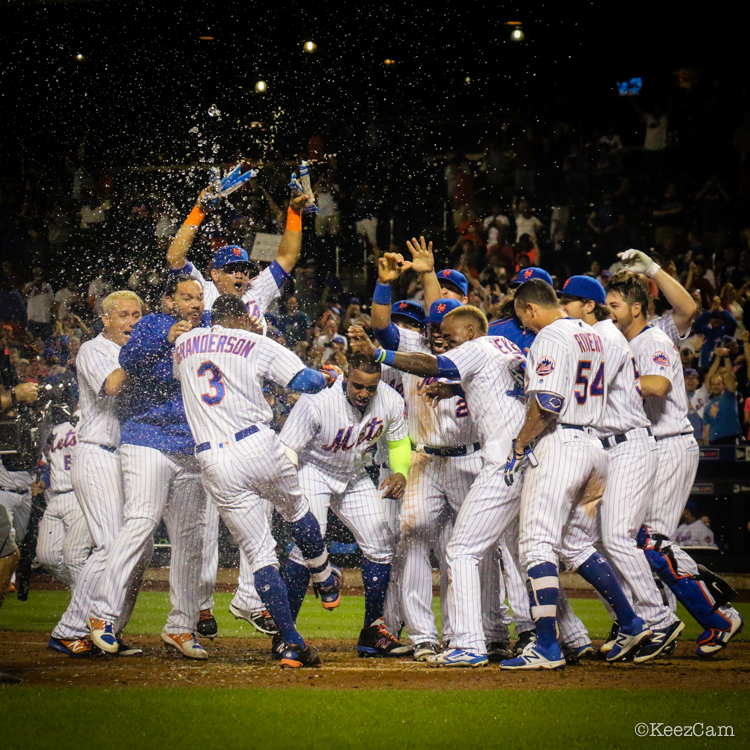 Curtis Granderson walkoff celebration