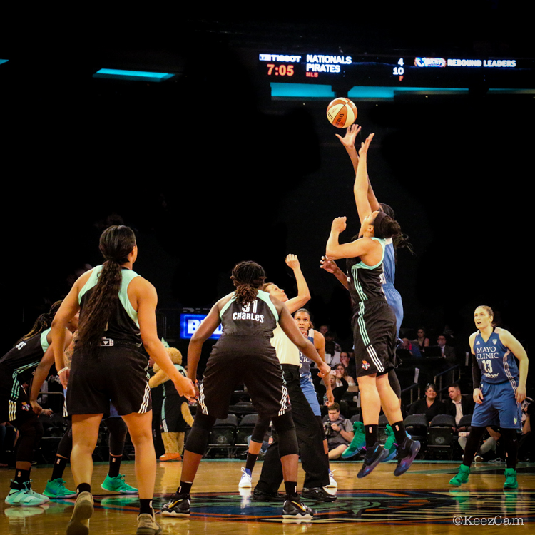 Minnesota Lynx vs New York Liberty Tip-Off