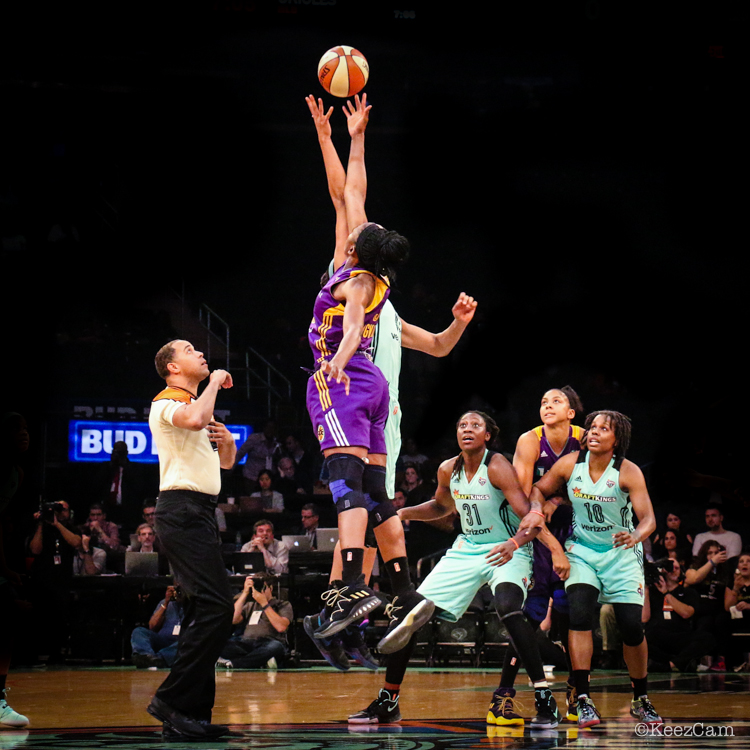 Los Angeles Sparks vs. New York Liberty tip-off