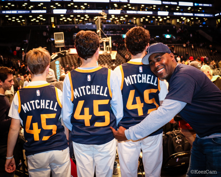 Donovan Mitchell Sr. and fans