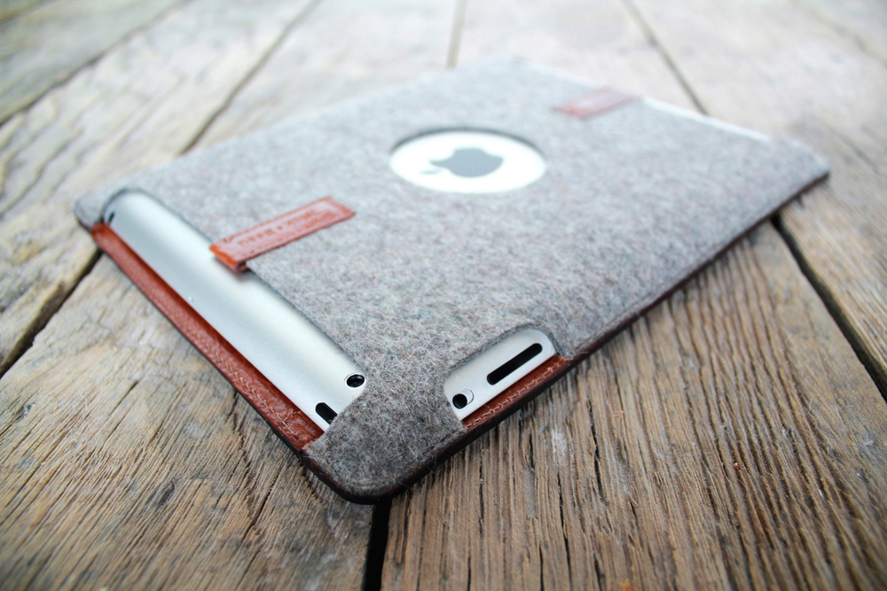 PaletteCase is a distinctive felt and leather case for the iPad.  Designed in collaboration with my brother, Beau.