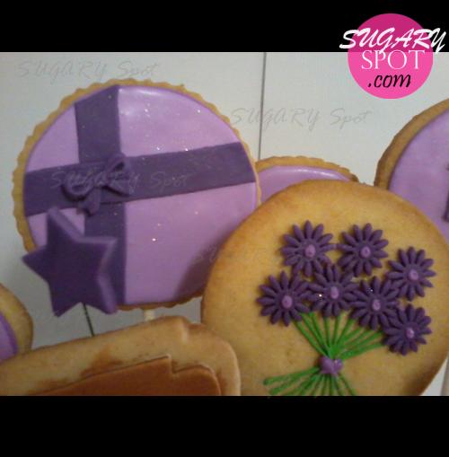 sugaryspot facebook pix graduate bouquet14.jpg