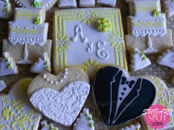 Wedding cookie set.