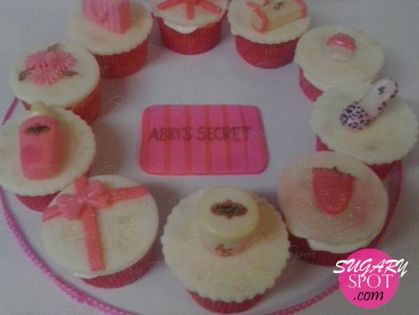 Victoria's secret cupcakes.