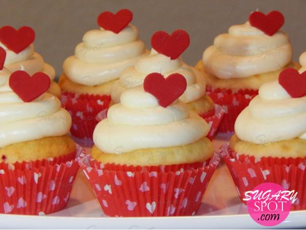 CupcakesSanValentinCorazonEscondido -22- SugarySpotPuntoCom-.jpg