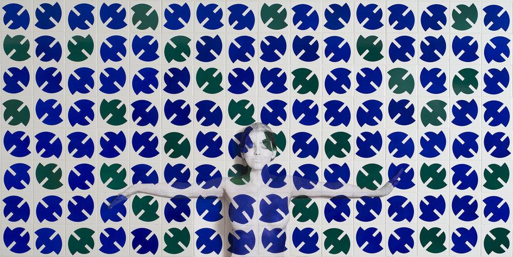 Palácio do Planalto    Dimensões disponíveis:  50cm x 100 cm  100 x 200 cm  Tiragem: 15  Modelo: Soraya Guimarães, arquiteta.  Local: Palácio do Planalto, Brasília, DF.