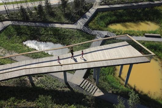 52799f5ce8e44e865400009a_qunli-stormwater-wetland-park-turenscape_portada-530x353.jpg