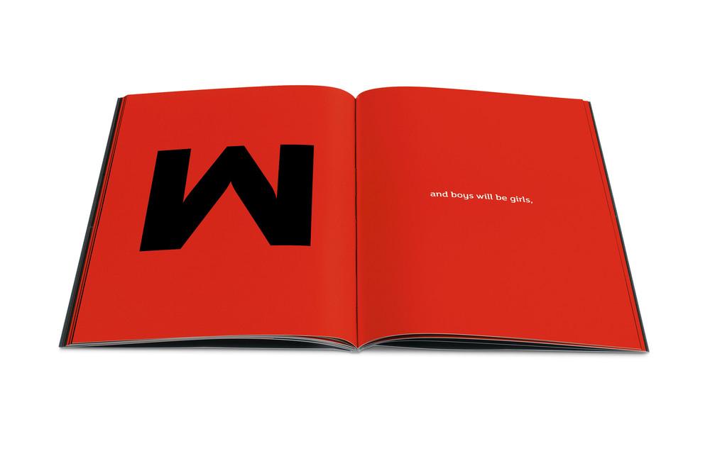 Lola-Brochure-03.jpg