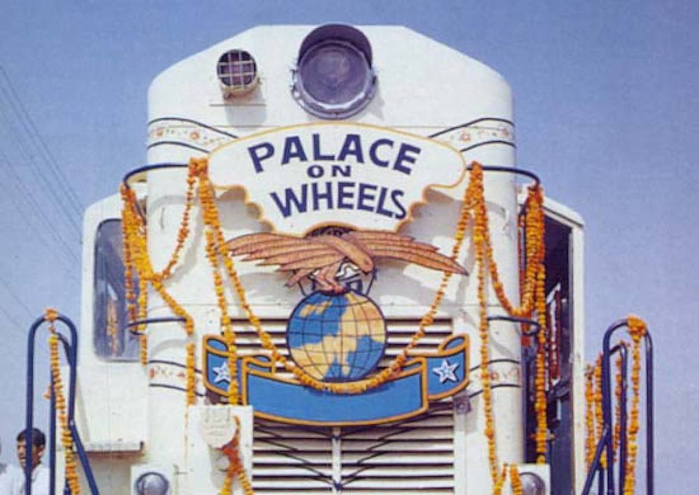 Palace on Wheels Train.jpg