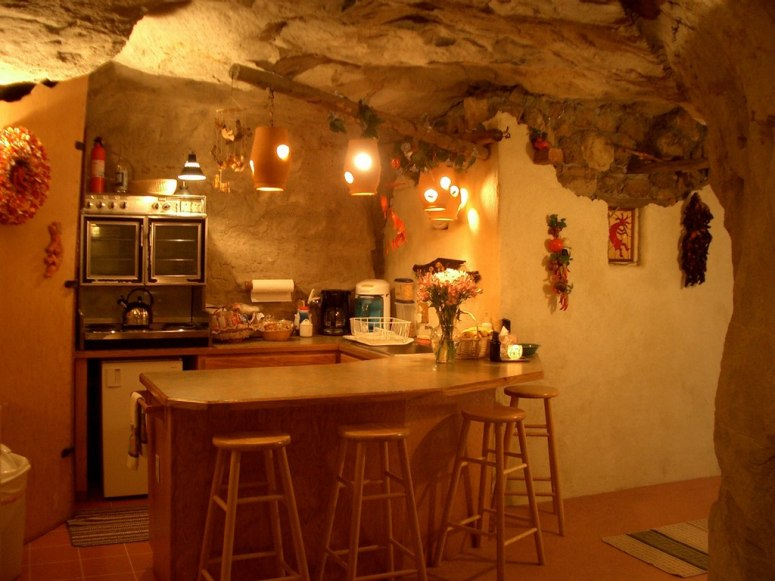 kokopellis-cave-bed-and-breakfast.jpg