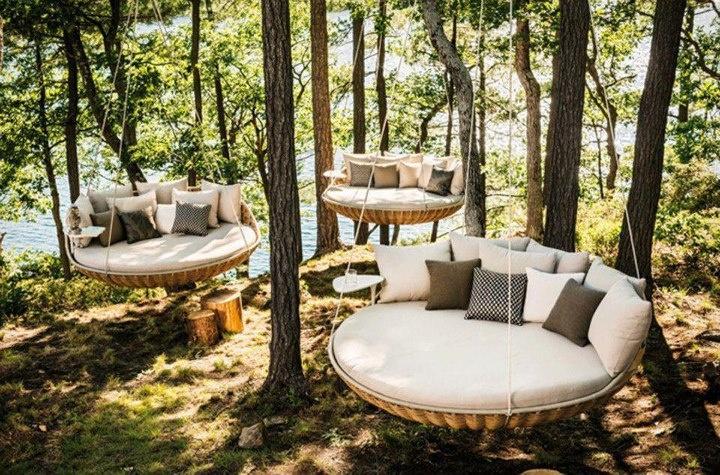 Outdoor Hanging Sofas.jpg