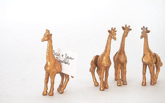 Giraffe Place Card Holder Gold.jpg