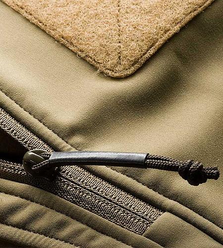 Arcteryx LEAF Minotaur-Halfshell-Sleeve-Pocket.jpg