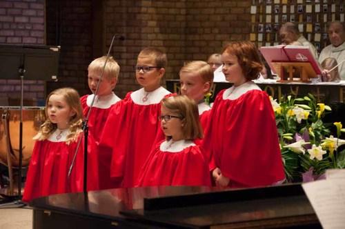 caroler choir.jpg