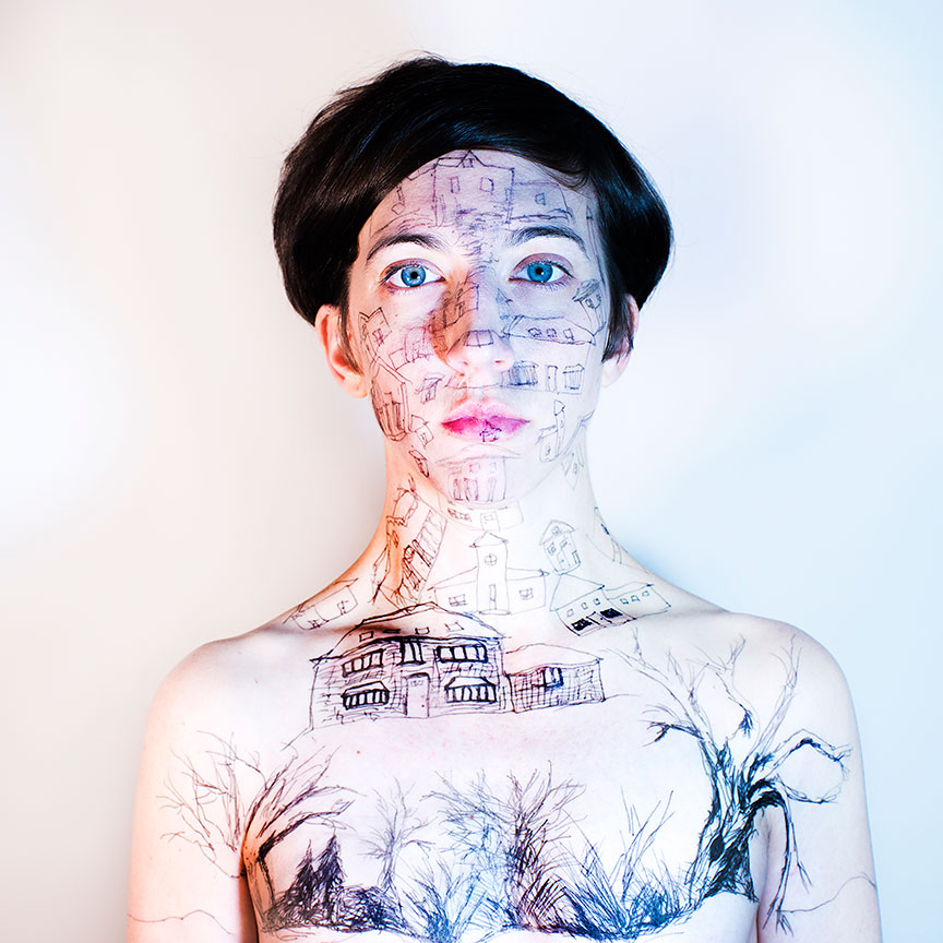 GirlGods-frontal-web.jpg
