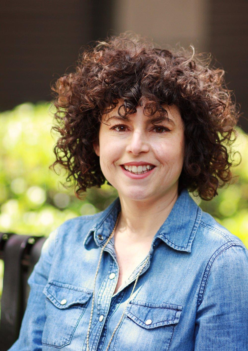 Jasmine Meyer Headshot.jpg