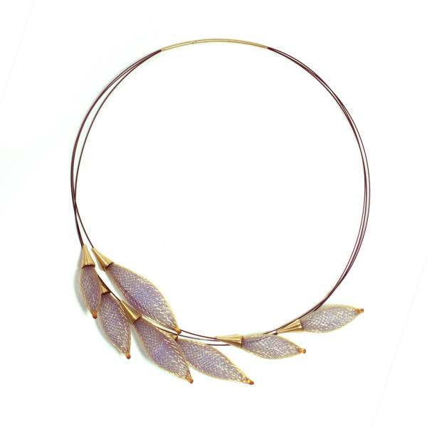 http://boticca.com/vlum/collier-epineux-lila-necklace-of-thorns/