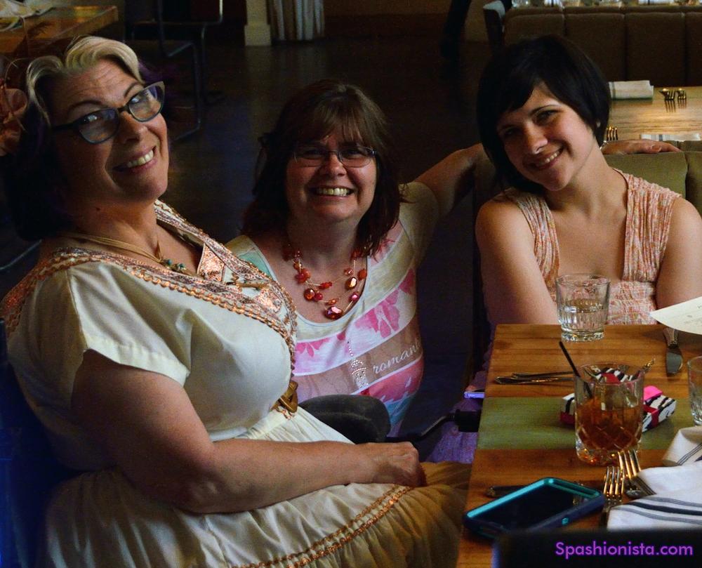 Me, Lani Barett and  Toye Lynn Piccirilli