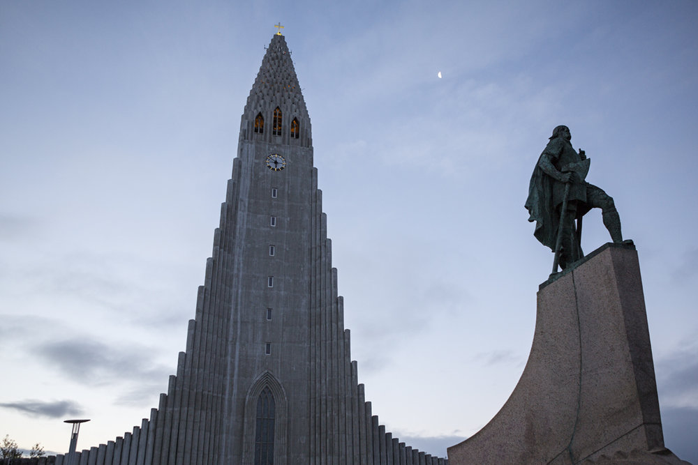 Hallgrimskirkja and Leifur Eiríksson - the viking who is believed to have discovered America.