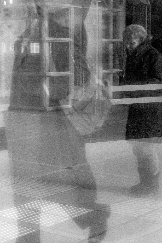 Transit-umbra-lux-permanet-by-Cristian-Davila-Hernandez2.jpg