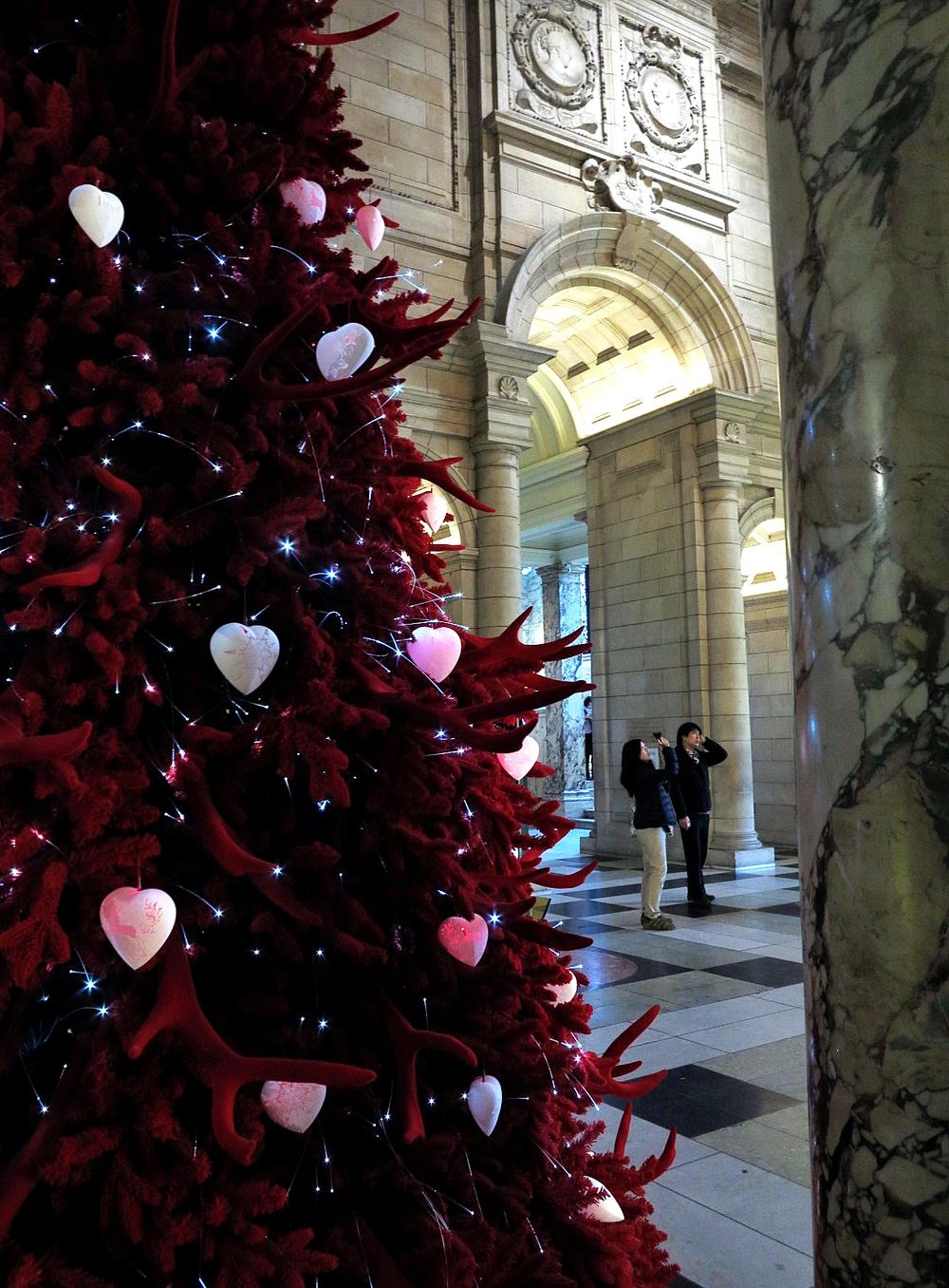 V&A Christmas.jpg