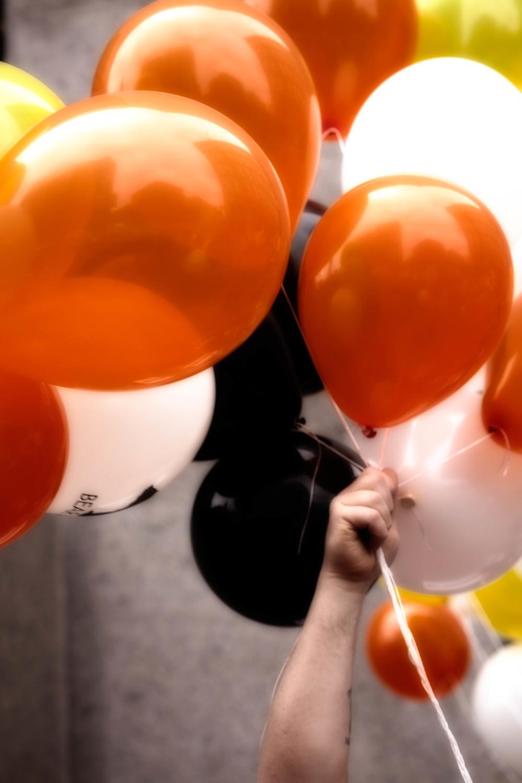 Bear Ballons.jpg