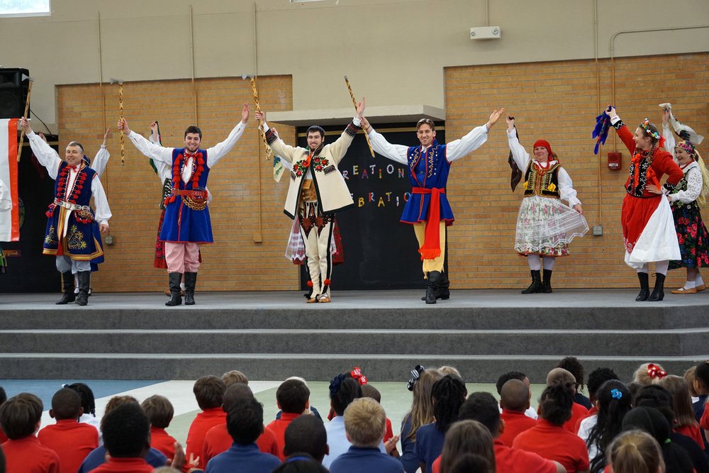 May11 PolishDanceTroupe90.jpg