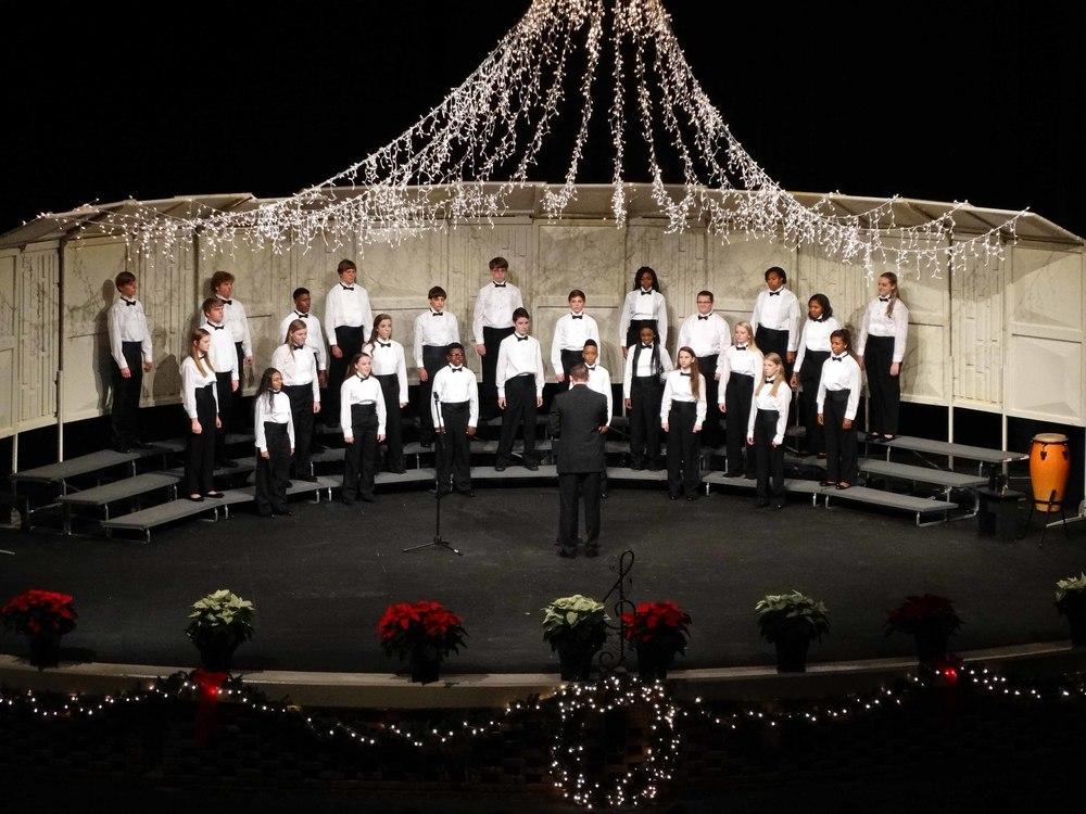 Dec8 ChorusChristmasConcert03.jpg