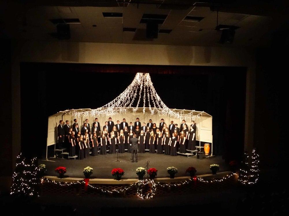 Dec8 ChorusChristmasConcert58.jpg