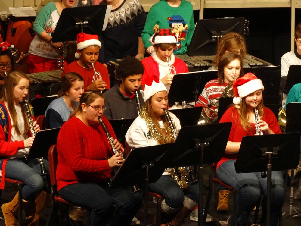 Dec12 ChristmasBandSing-along16.jpg