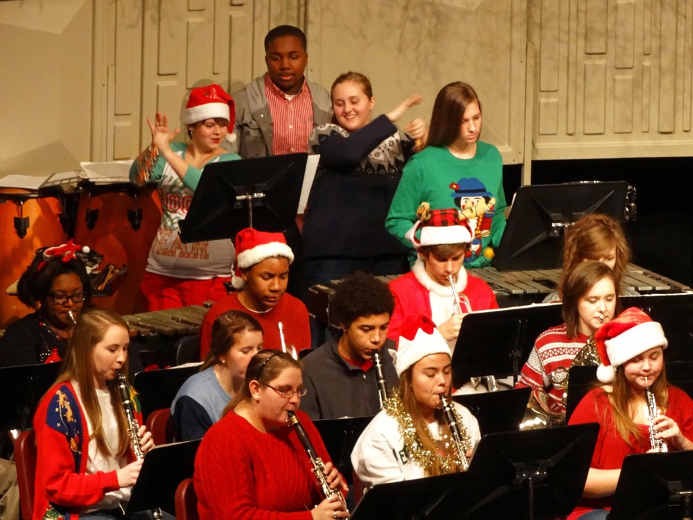 Dec12 ChristmasBandSing-along17.jpg