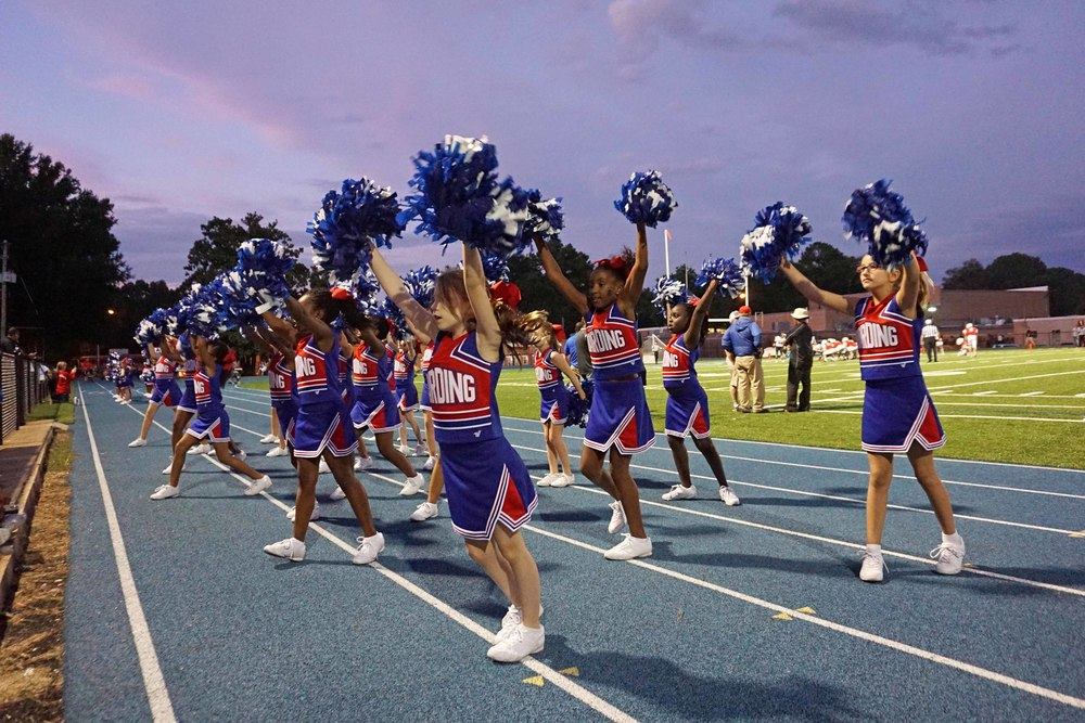 Sept11 LSnightCheerleaders04.jpg