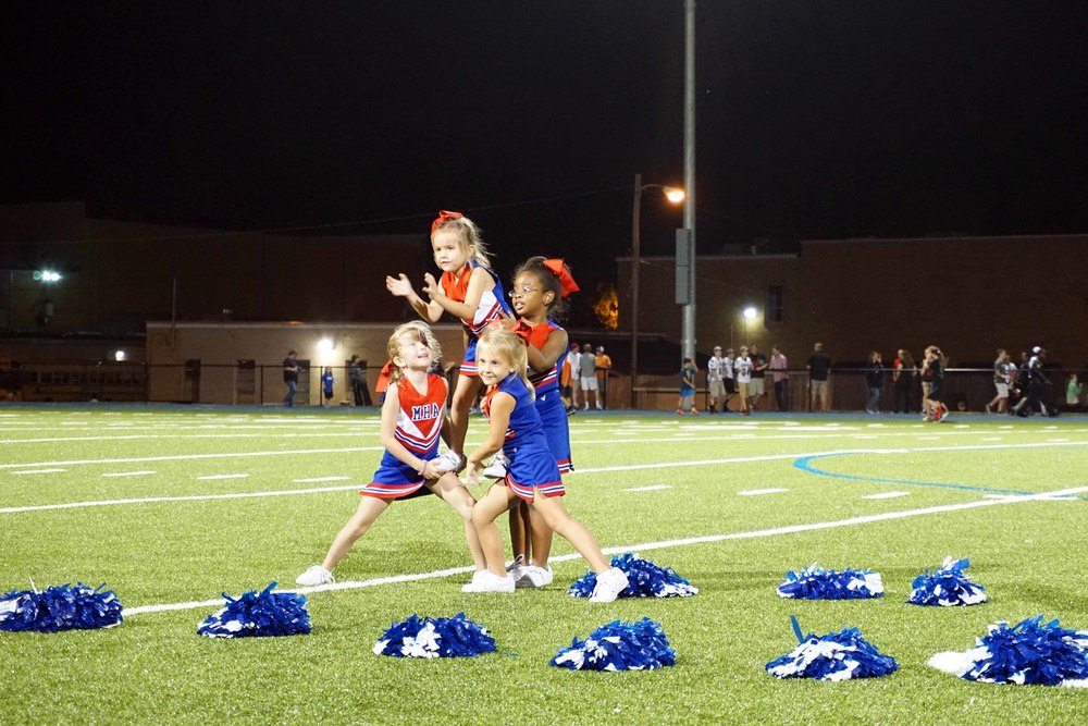 Sept11 LSnightCheerleaders13.jpg