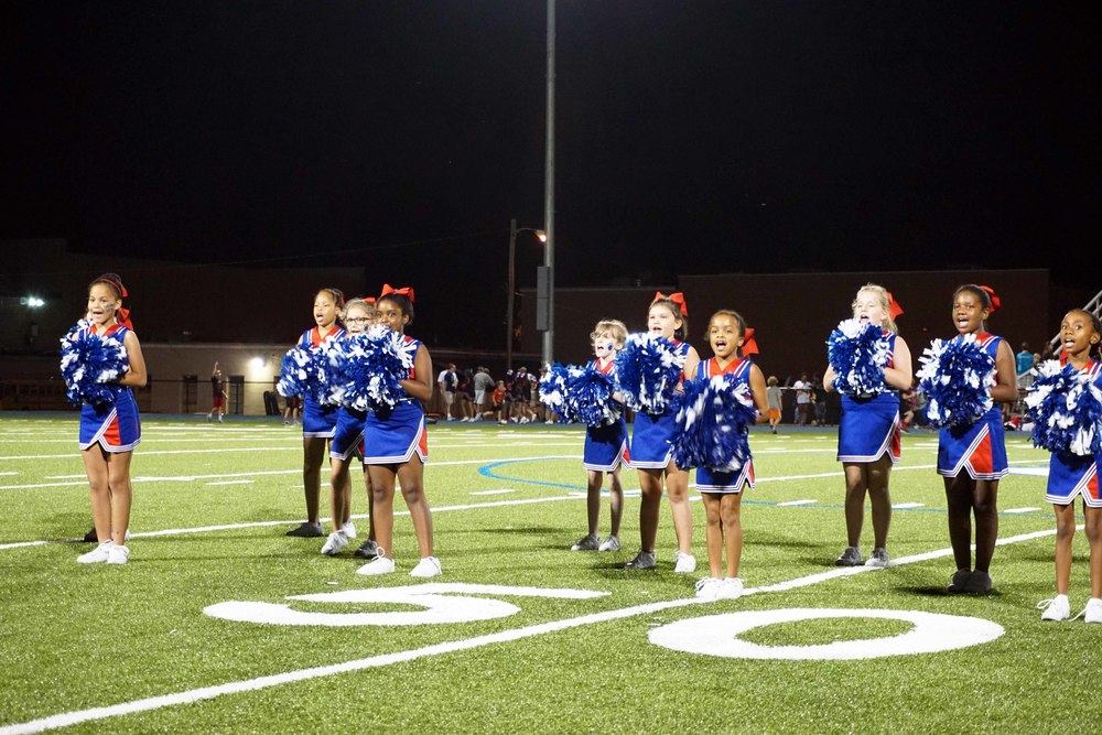 Sept11 LSnightCheerleaders16.jpg