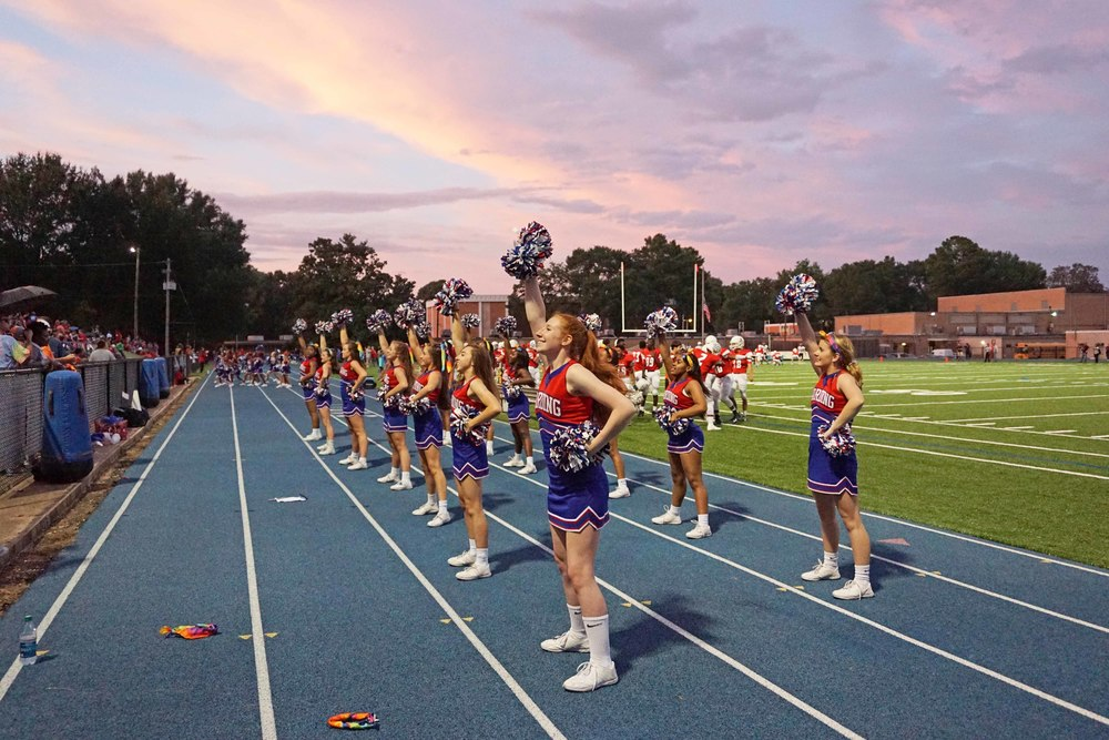 Sept11 VarsityCheerleaders02.jpg