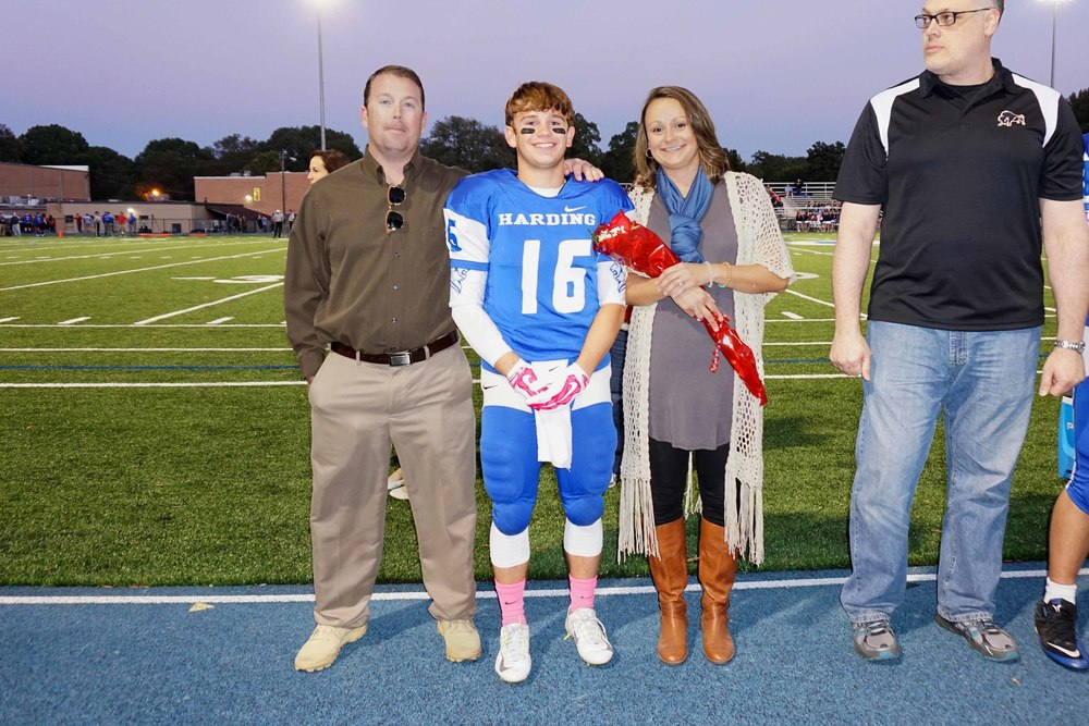 Oct16 SeniorNightFootball7.jpg
