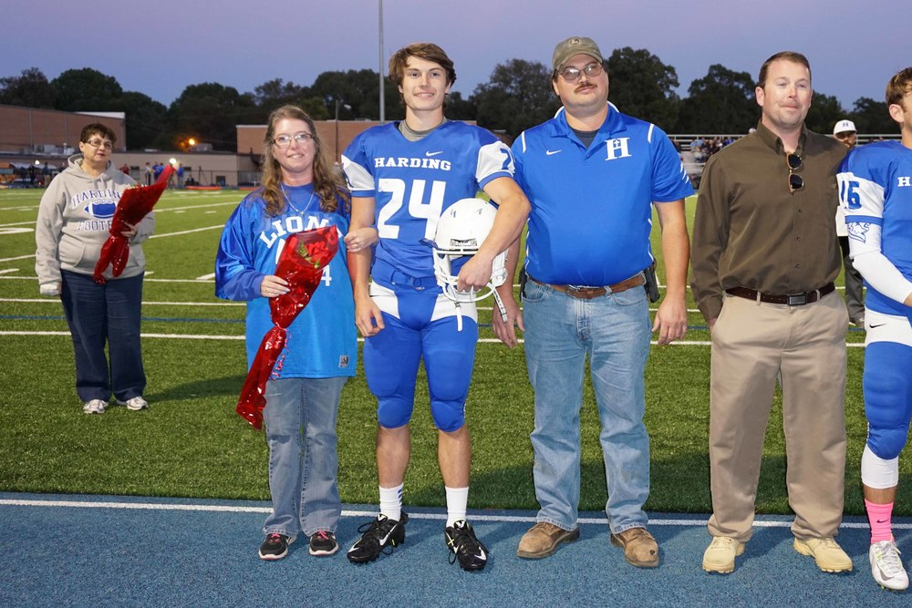Oct16 SeniorNightFootball8.jpg