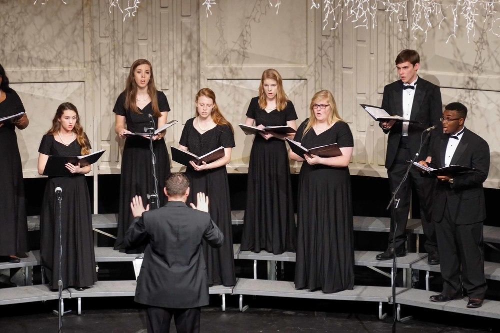Dec7 ChorusChristmasConcert09.jpg