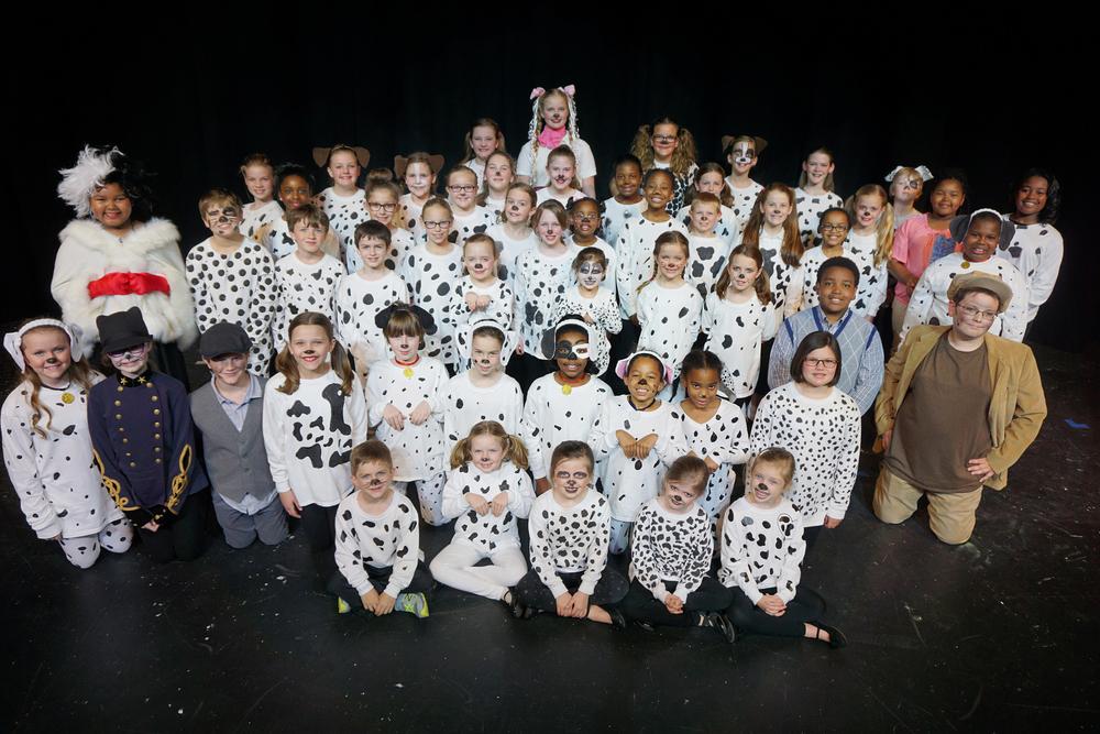 The cast of  101 Dalmatians KIDS