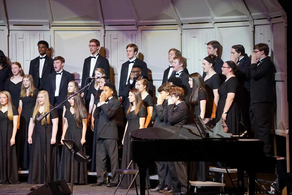 April30 ChorusSpringConcertAcappella03.jpg
