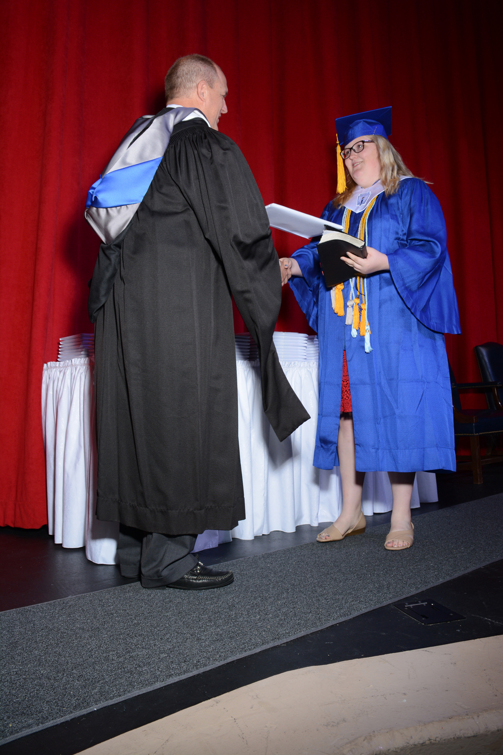 May16 GraduationPhotos01.jpg