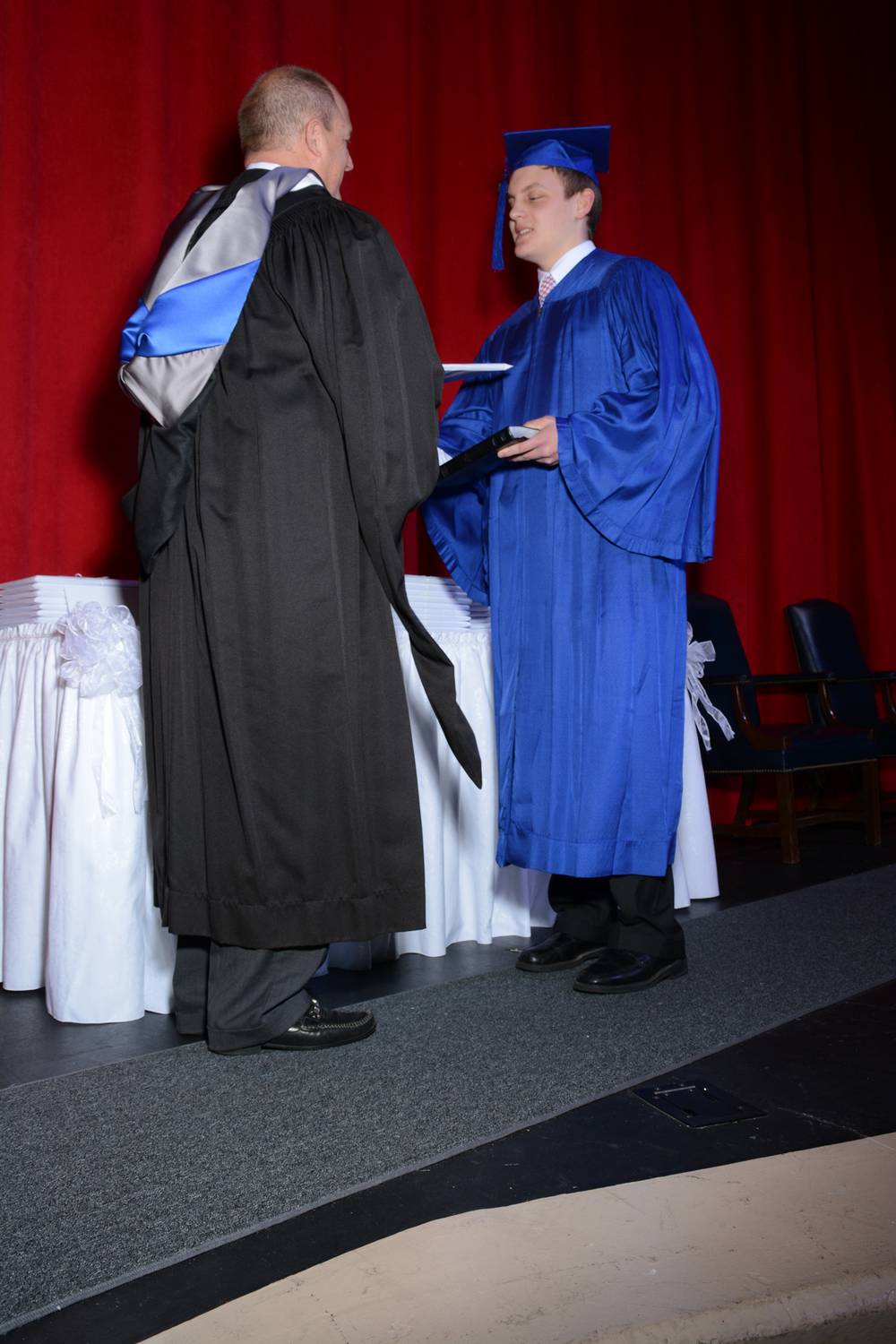 May16 GraduationPhotos19.jpg